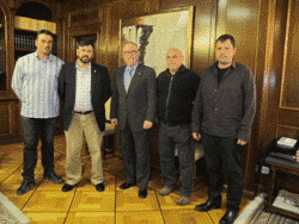 Josep Poblet received the Board of the FarmersŽ Union